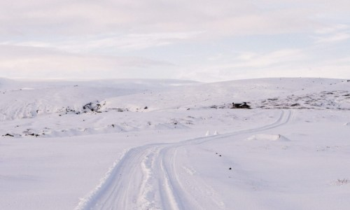 Harsh Winter Descends Upon North Iceland, Travel Through Region Tomorrow Not Advised