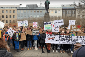 VIDEO: Icelandic Children Protest Against Climate Change