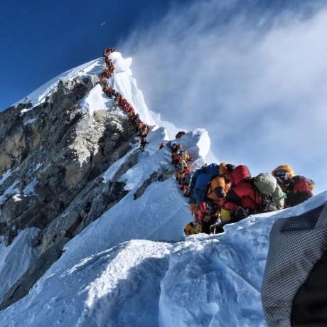 Eighth Icelander Reaches Everest Peak Amidst Seasonal