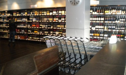 Alcohol Sales On The Rise In Iceland As COVID-19 Outbreak Worsens