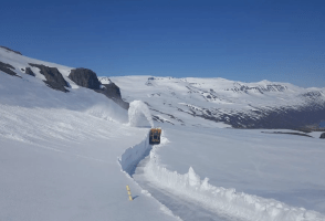 Four-Day Battle With a Five-Meter-Deep Snowdrift