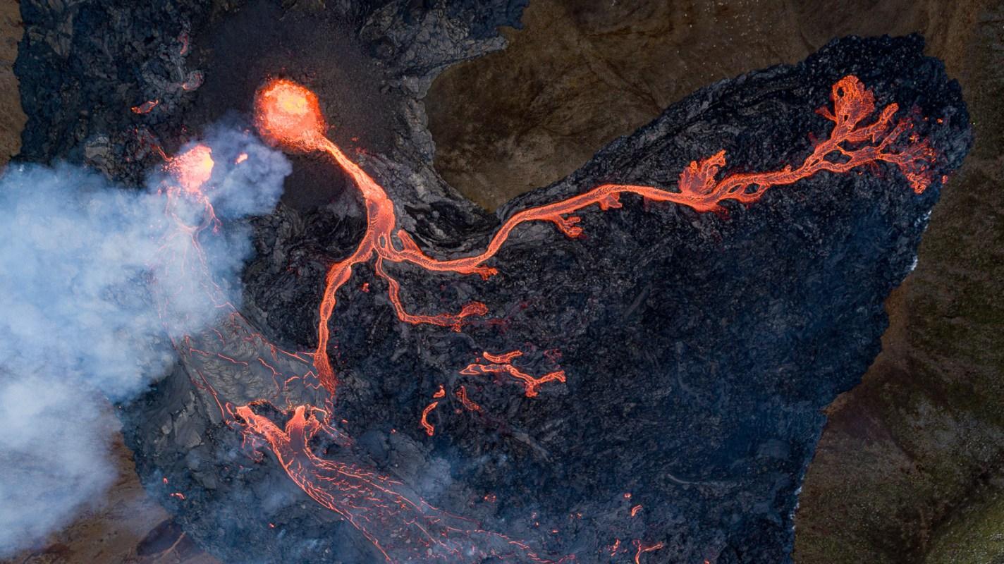 Photos: Day Five Of The Geldingadalur Eruption