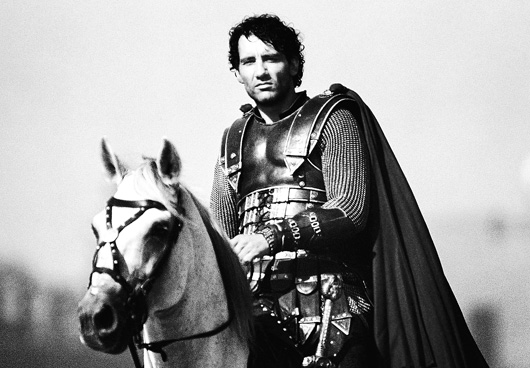 KING ARTHUR COMES ALIVE