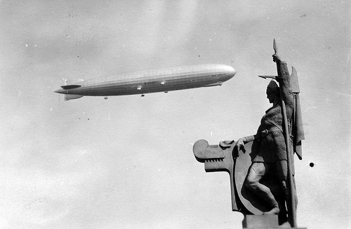 Lemúrinn: The Graf Zeppelin Visits Reykjavík