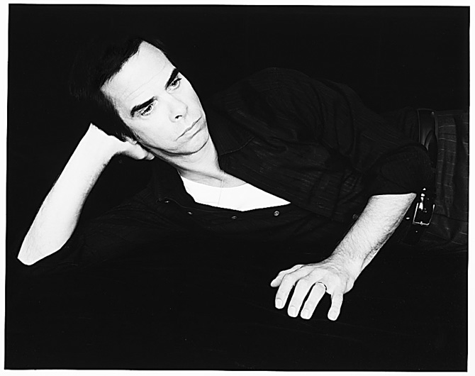 Attacking the Very Thing You´re Defending:An examination of the latter day lyrics of NICK CAVE