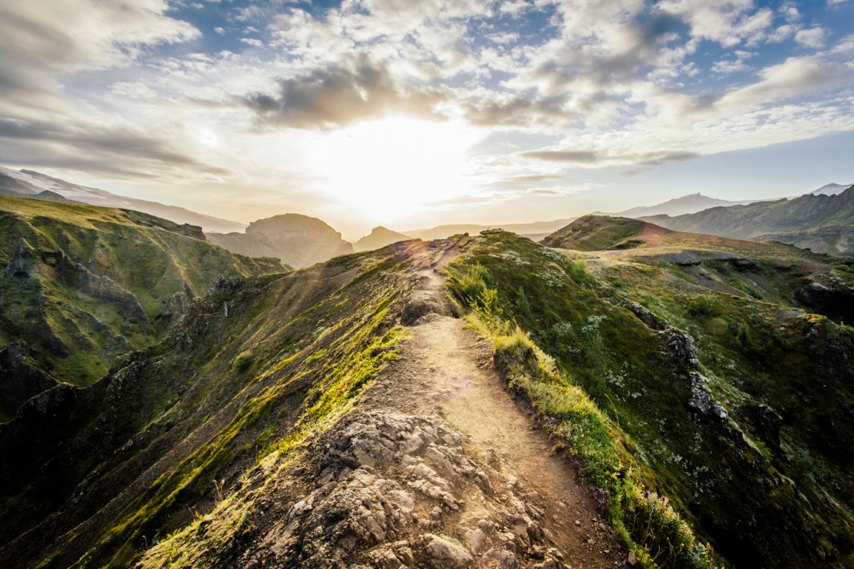 Hiking Fimmvörðuháls, South Iceland's Greatest Hiking Trail
