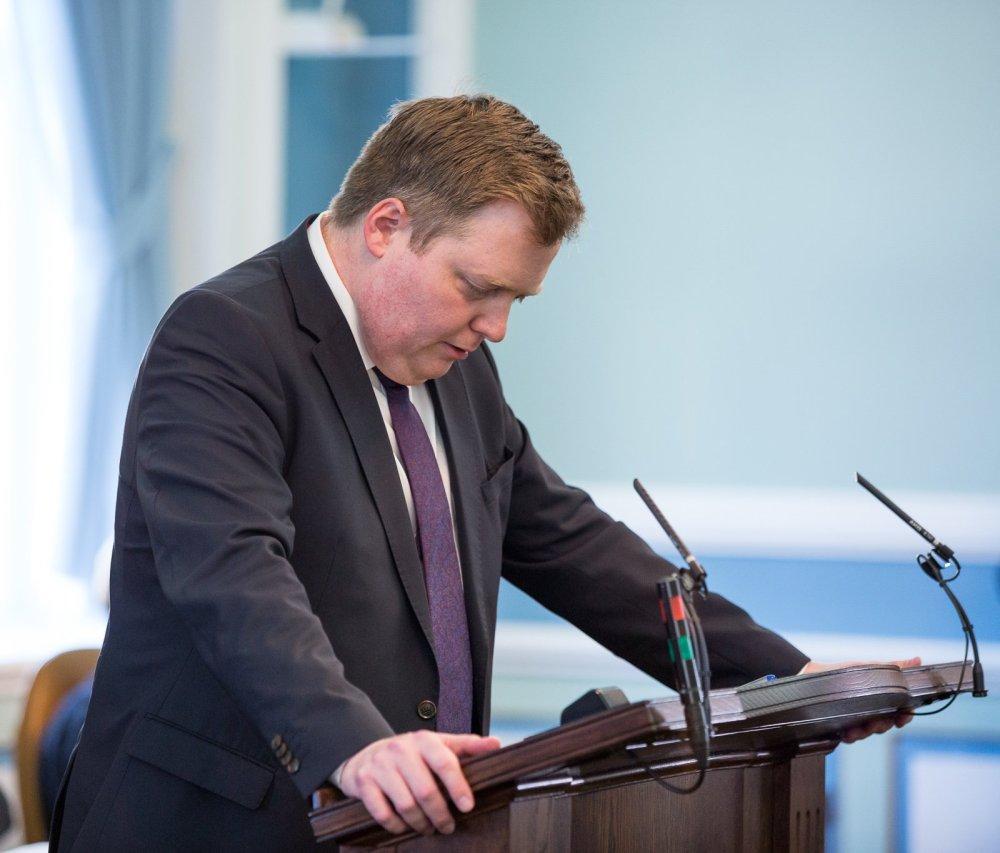 Sigmundur Davíð Unseated As Progressive Chair