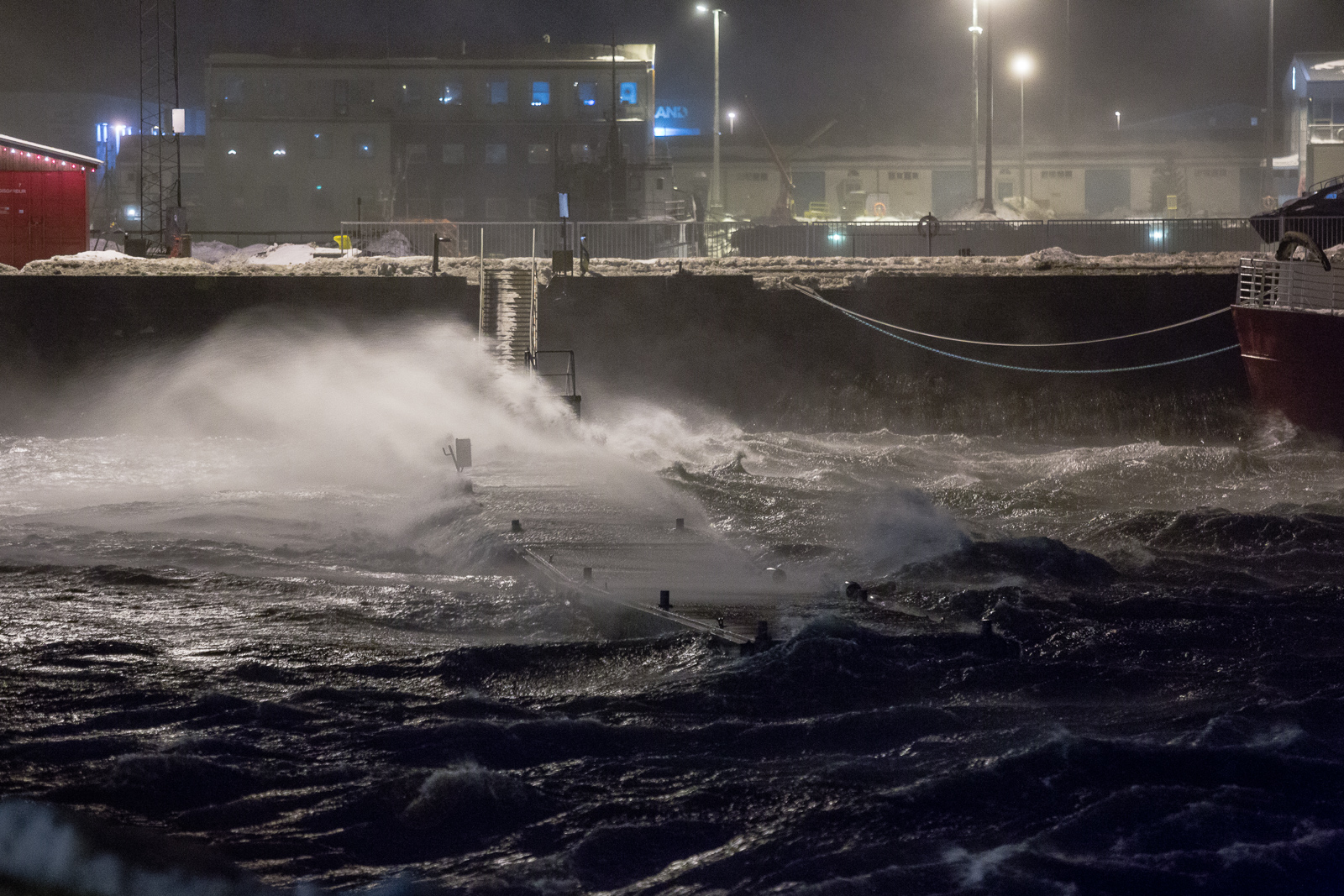 Miserable Storm Hits Iceland, Many Roads Closed
