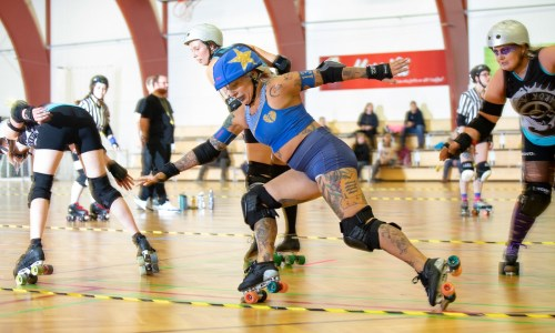 Life In Pictures: Roller Derby Smashes Down In Reykjavík