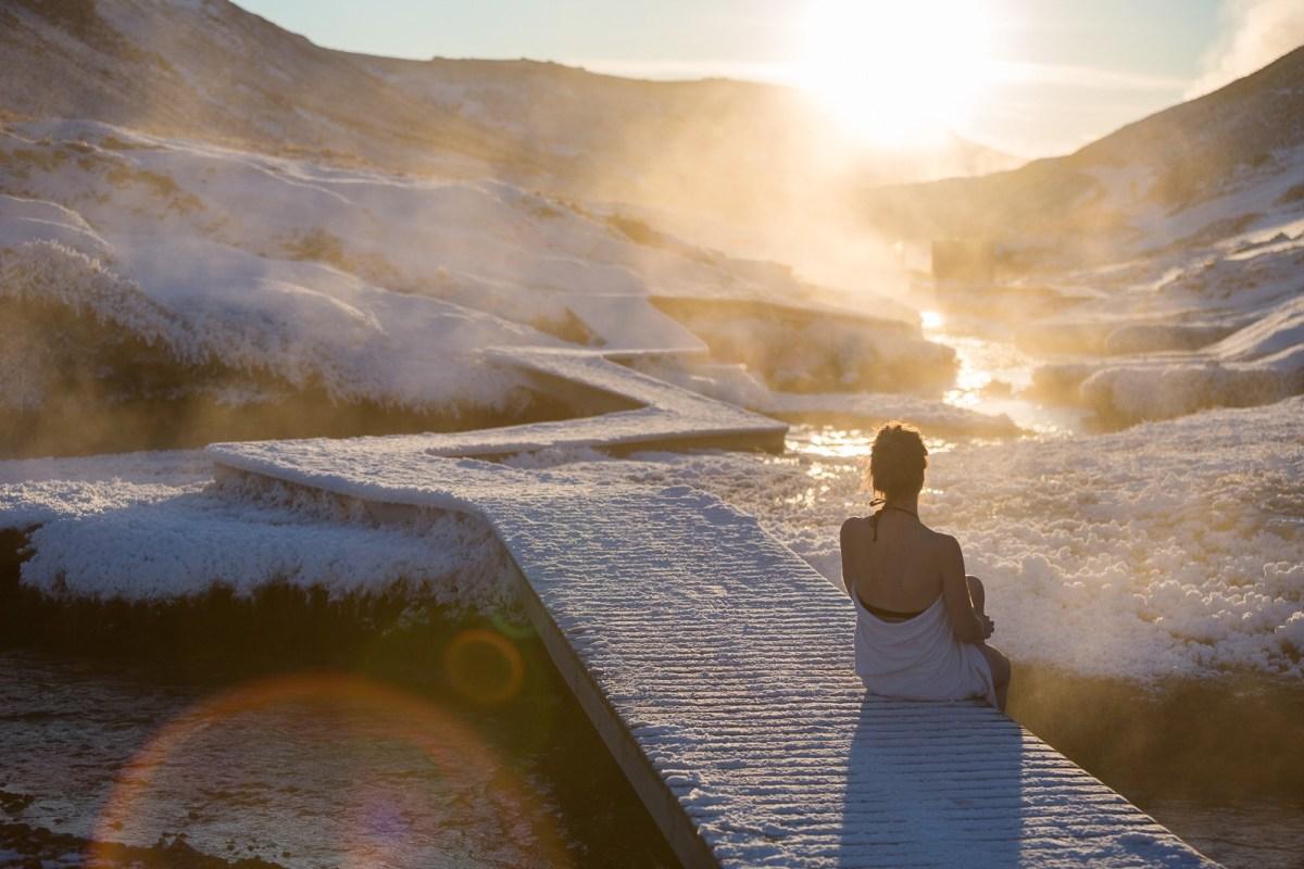 Hiking to the Reykjadalur hot springs