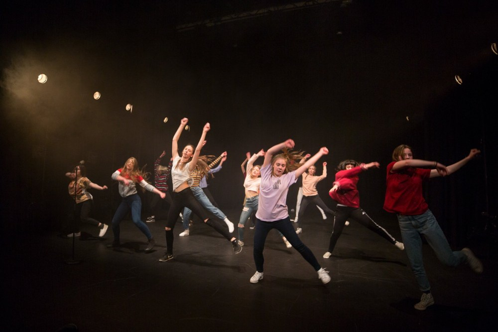 Understanding Their Power: Dance Piece 'GRRRRRRLS' Hits Maturity