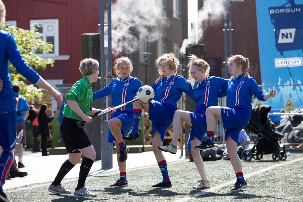 A Short History Of Iceland's Greatest Smitings