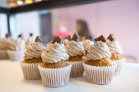Their KitKat Cupcakes are fluffy, sweet and cute. What a combo!