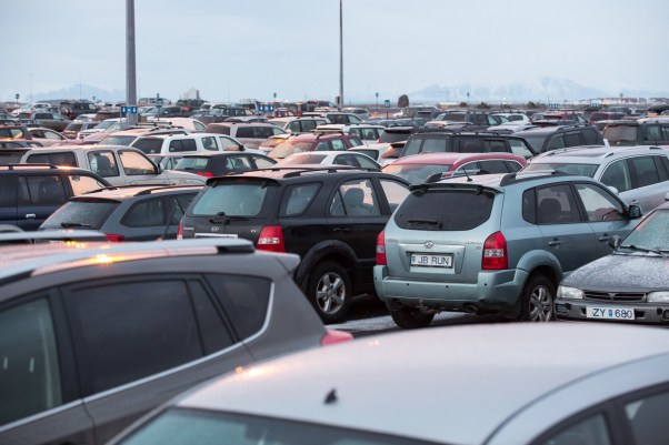 Cars crowding a lot in Southern Iceland.