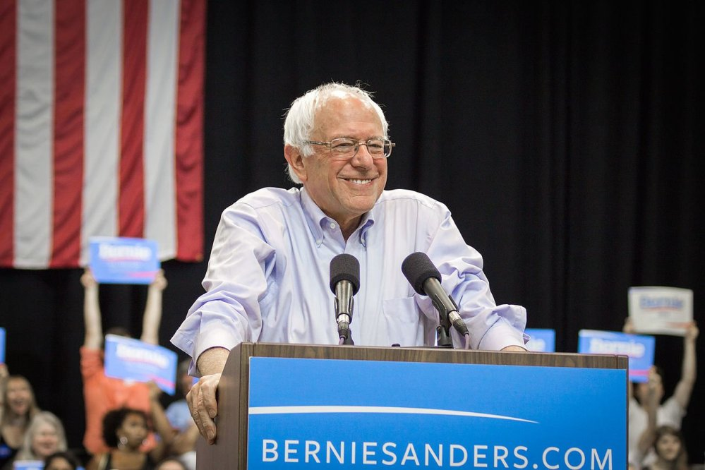 Bernie Sanders Praises Iceland For Equal Pay Law