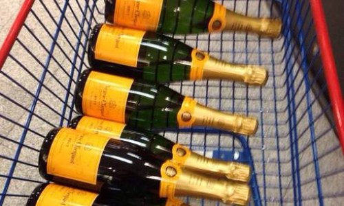 Icelanders Return To The Champagne Life