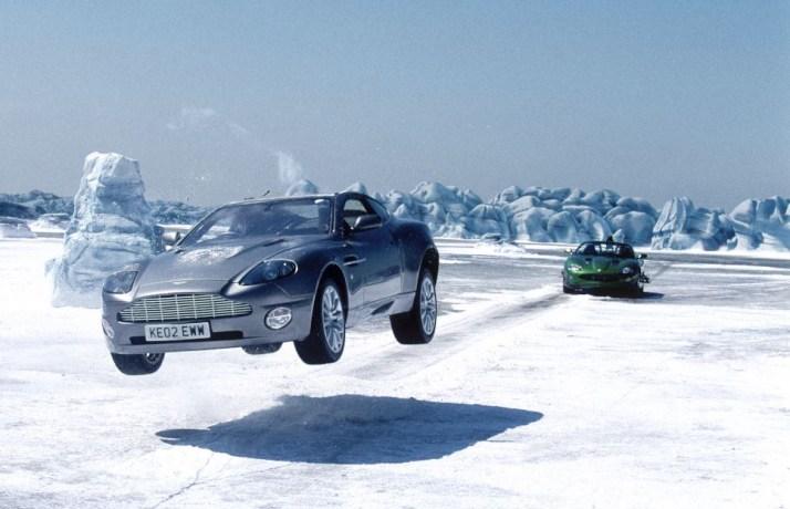 Afbeeldingsresultaat voor james bond iceland