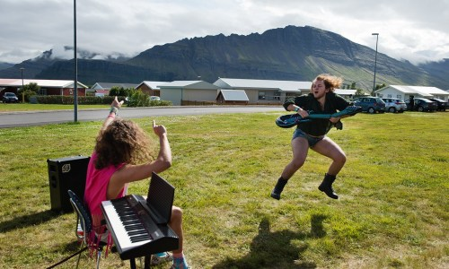 Life In Pictures: Head Banging, Heavy Music And Beer Yoga