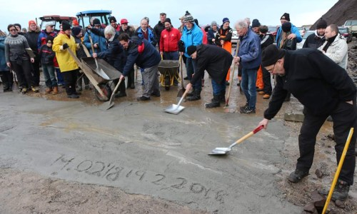 East Icelanders, Fed Up With Busted Roads, Take Matters Into Their Own Hands