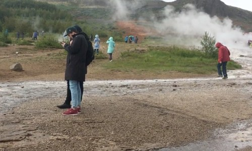 Tourists Ignore Repeat Warnings Of Danger At Geysir