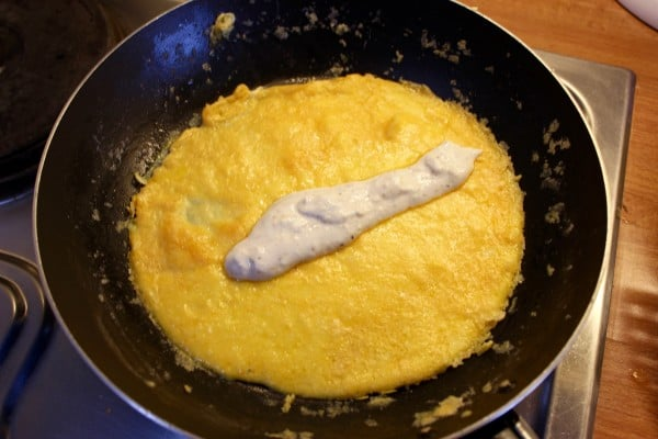 Skyr Omelette cooking