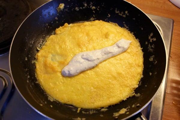 Skyr Omelette cooking