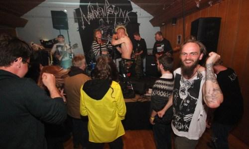 Norðanpaunk 2015: A+ Merchants' Freak-End
