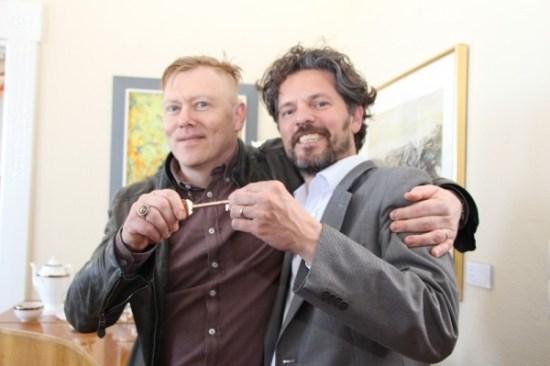 """Hand it over"" - Jón Gnarr turns the keys to the city over to mayor Dagur B. Eggertsson. Pic. courtesy of Reykjavik.is"