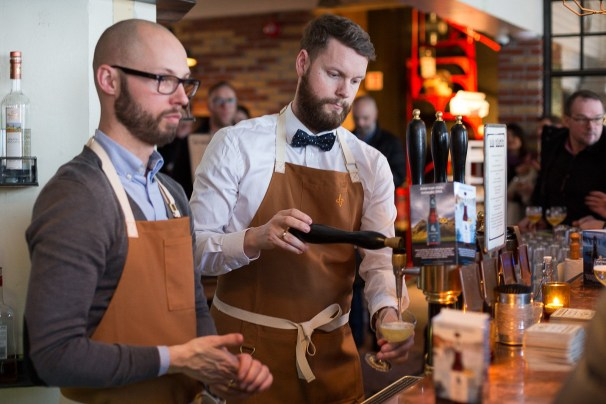 Bartenders serving Icelandic Craft Beer