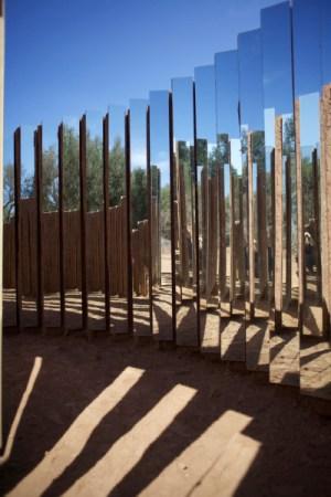 Mudbricks In The Desert- Elín Hansdóttir_1