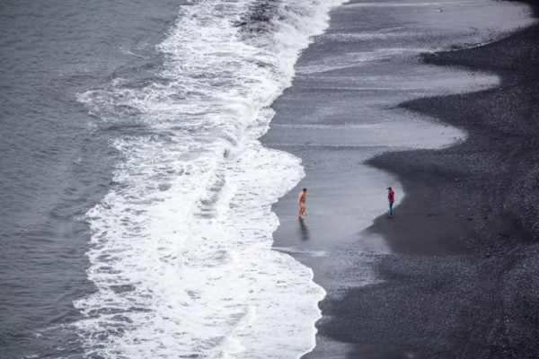 Naked_on_Reynisfjara_04