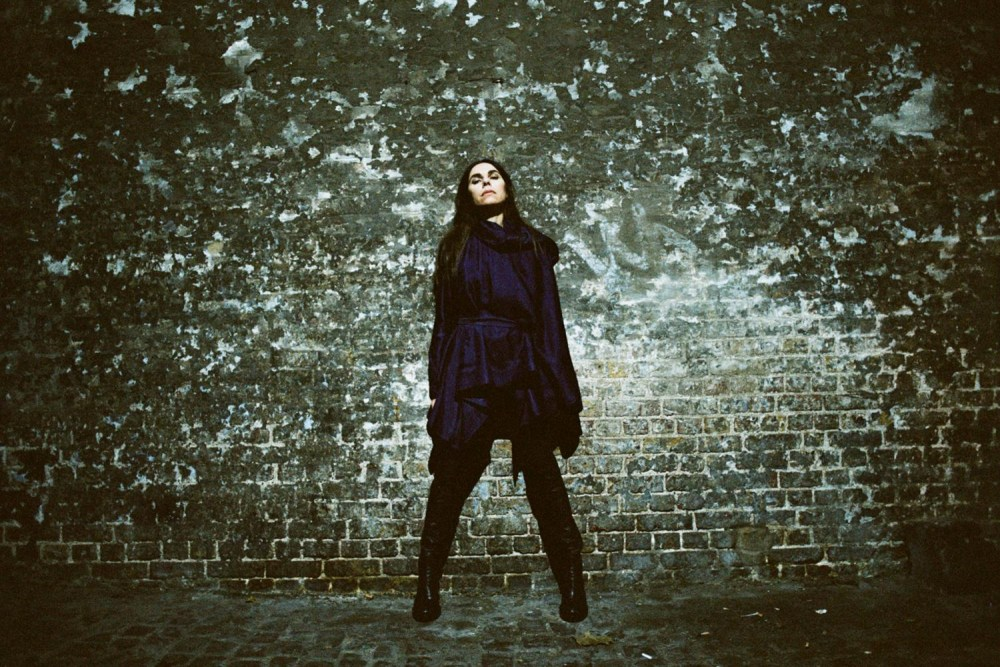 Airwaves Never Sleeps: PJ Harvey & More Announced For 2016
