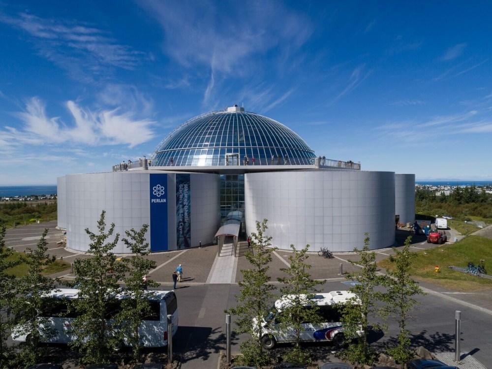 Reykjavík Of Yore: A Spinning Political Monument