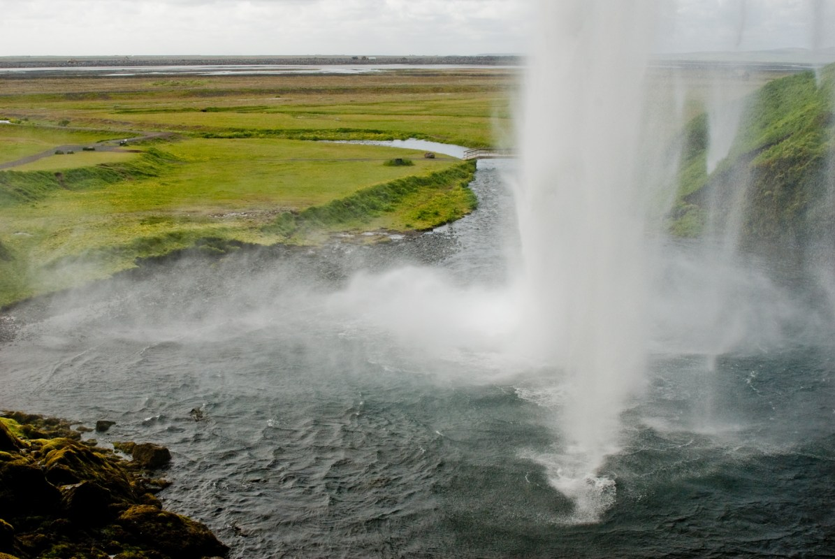 Seljalandsfoss – Go There: It's Awesome