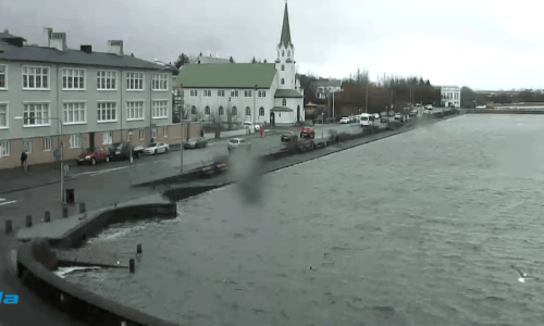 Mild Weather In Iceland This Week, But Rainy Weekend Predicted