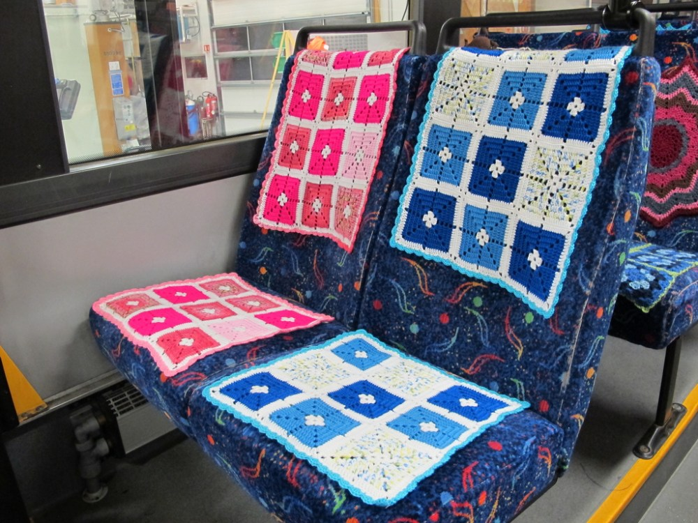 The Bus That Yarn Built
