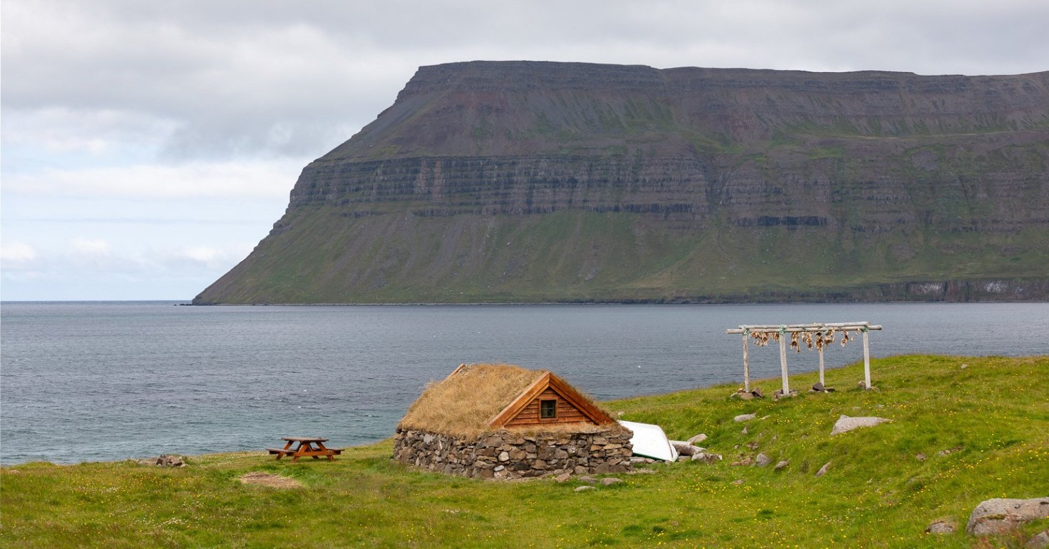 Town Guide: Fish, Local Food & Coastal Nature In Suðureyri
