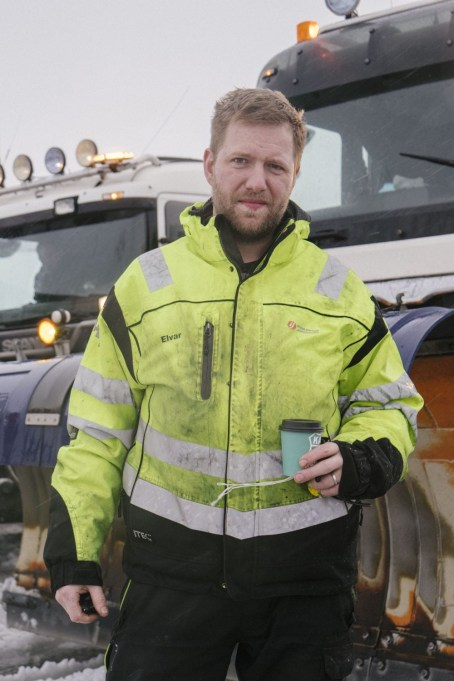 Elvar, Snow Plough Driver