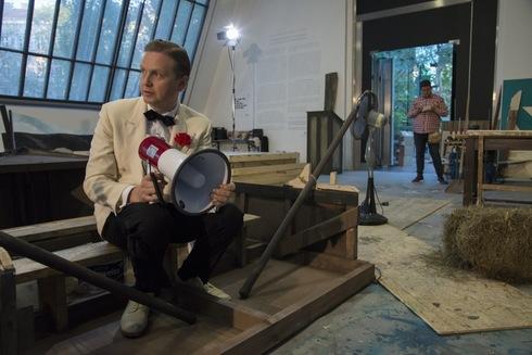 Turning Art Museum Into Movie Set