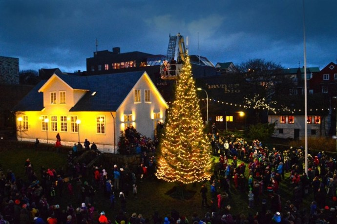 Christmas In Greenland.Iceland To Donate Christmas Trees To Faeroe Islands And