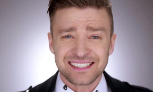"Justin Timberlake Chided For ""Hello, Reykjavík!"""