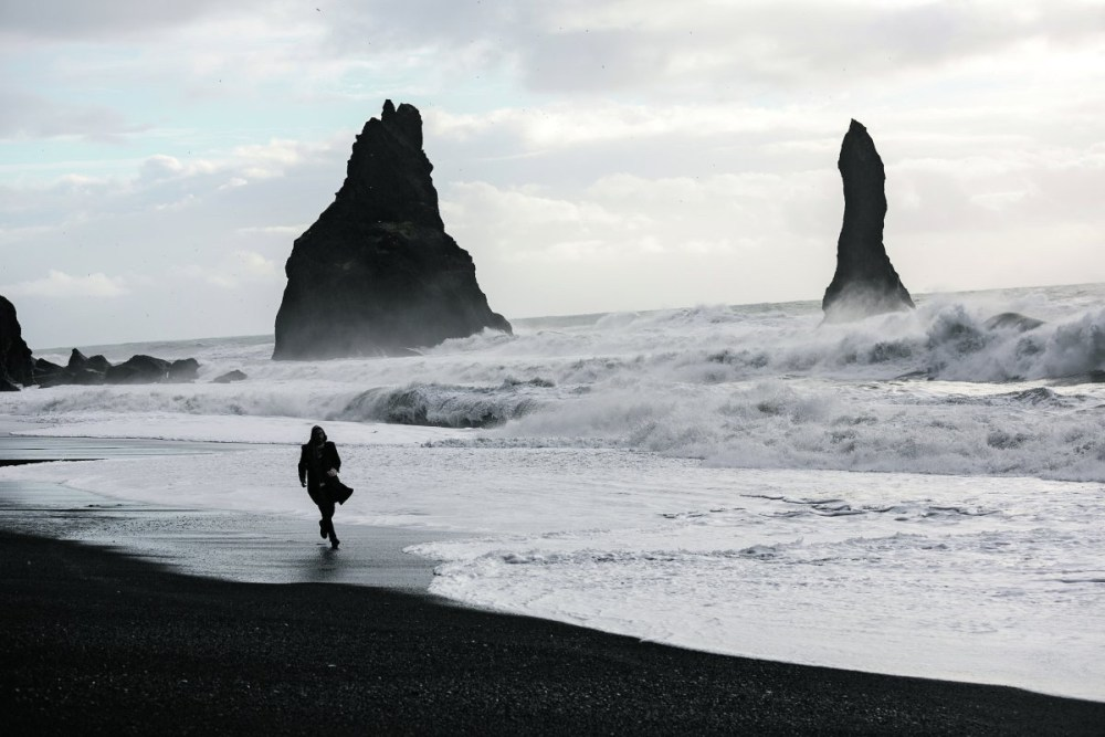 SAFETY UNLEASHED: An Idiot's Guide To Avoiding Accidents, Mishaps, And Certain Death In Iceland