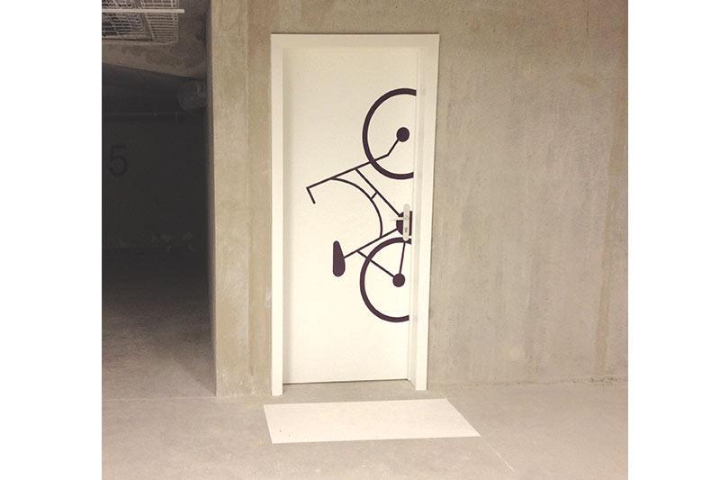 décoration adhésive impression pose adhésif nantes bouguenais communication publicité