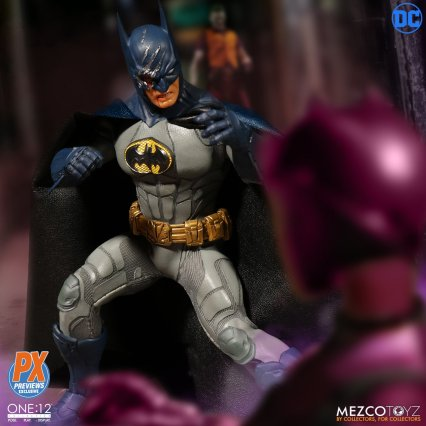 One12 Collective Batman Sovereign Knight PX Edition 11