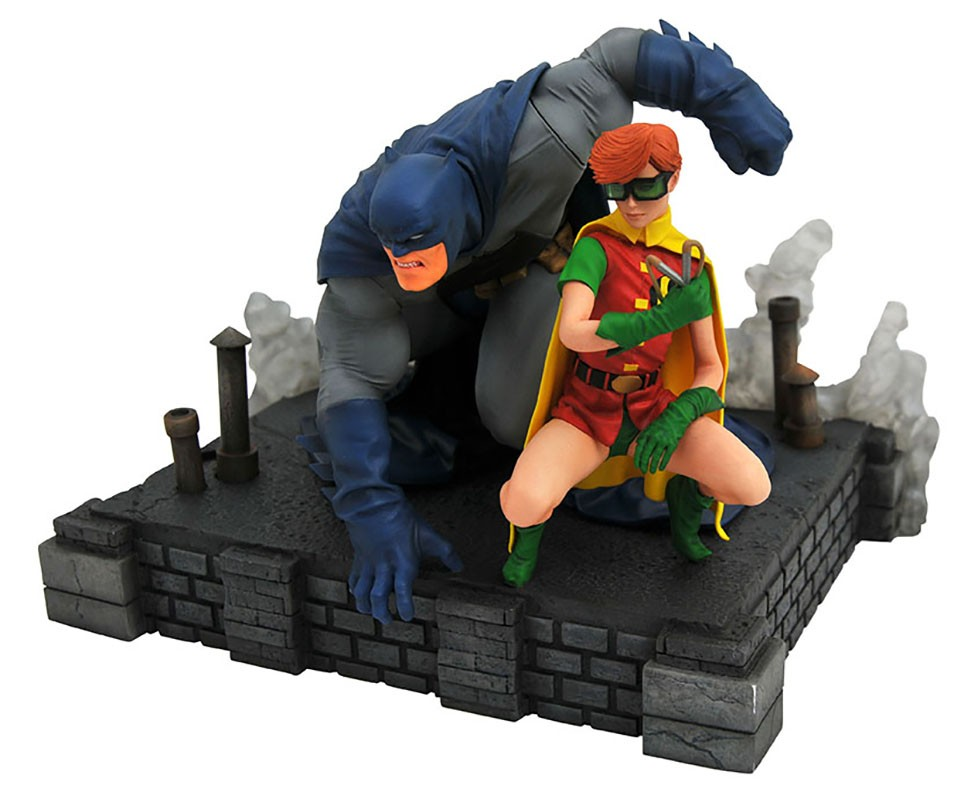 Diamond Select Toys In Stores This Week: Batman, Dazzler, Godzilla and More!