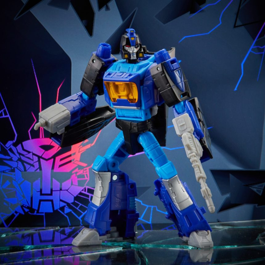 Transformers Shattered Glass Blurr