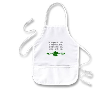 Make your own St. Patricks Day apron in three easy steps