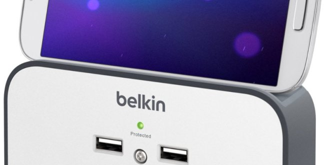 Belkin 3-Outlet Wall Mount Cradle with Dual 2.4 AMP Charging