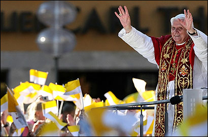 Pope begins German tour