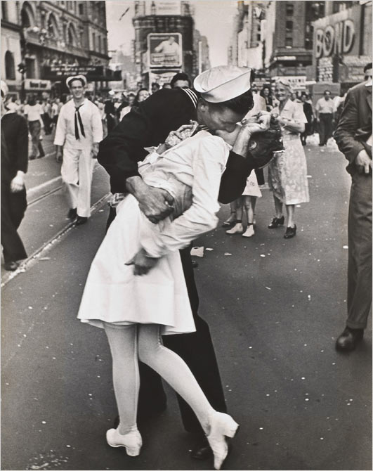 The Smack Seen 'Round the World, photo by Alfred Eisenstadt, Life Magazine, 8-15-1945